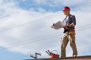 This image has an empty alt attribute; its file name is roof-inspection.jpg